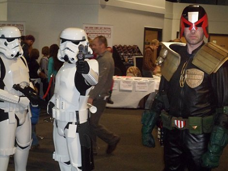 Imperial Stormtroopers meet Judge Dredd